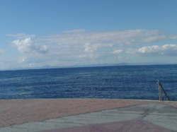 向こう岸は、北海道