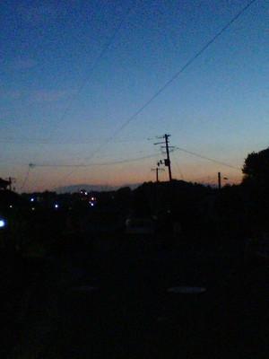 夕暮れ時の西の空