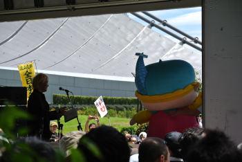 もんじゅくんと津田大介さん